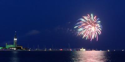 Grosse Pte Yacht Club Fireworks (1)