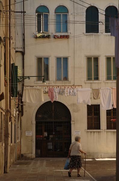 Venetië, Cannareggio  Ochtend op Campo San Giobbe