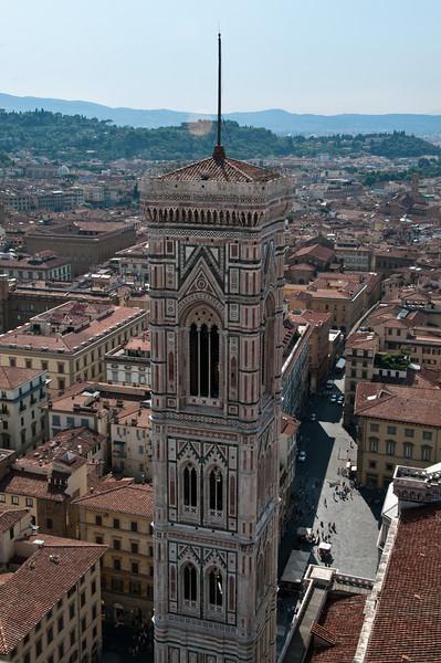 campanile, vu depuis le d™me de la cathedrale, Florence, Italie