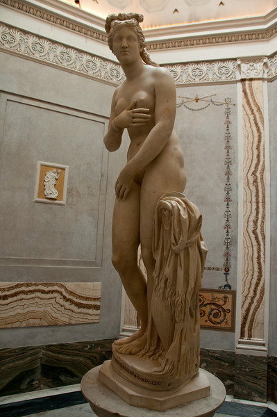 Statue of the capitoline veus.<br /> Marble from an original of Prassitele (4th century BC).<br /> Capitoline Museums, Rome Italy.