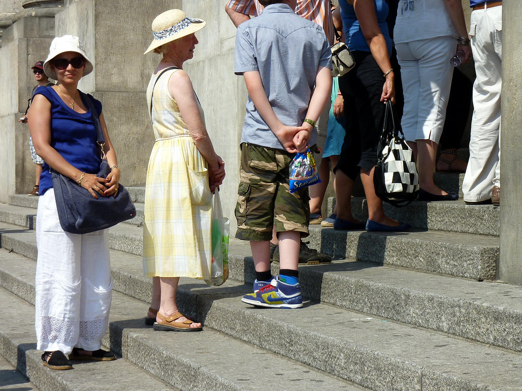 Mary waiting in the Reichstag queue