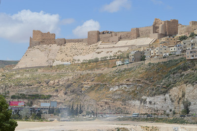 0127_Kerak Castle Walls