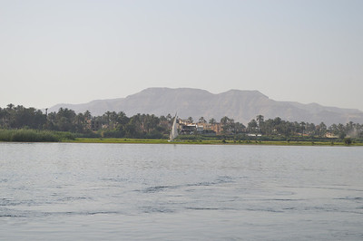 30430_Luxor_Nile View
