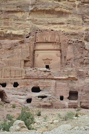 20010_Petra_Tombs