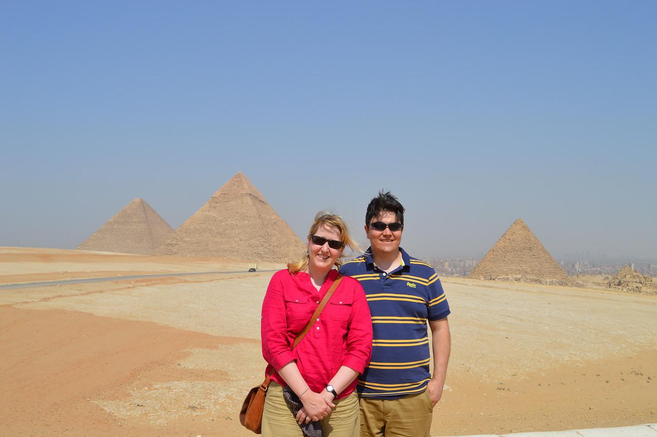 30027_Giza_AB and Mike at 3 Pyramids