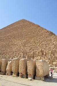 30041_Giza_Pyramids