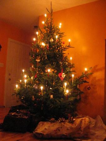 Jultime-Christmas 2003 (Torsten 4 months old)