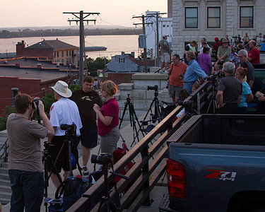 Photographers from St. Louis Photo Club waiting for darkness and fireworks