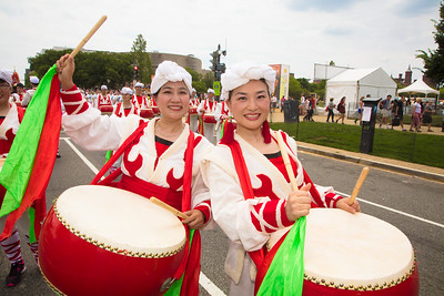 Wei Liao and Laura Luo from Rockville MD (Greater Washington Chinese American Community)