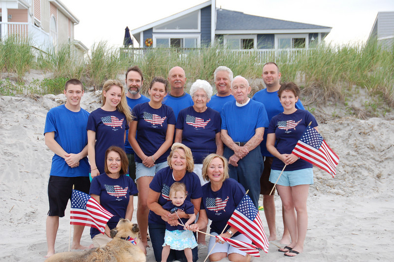 Front row: Dianne (Casey's Mom), Aunt Susan with Kadence and  Aunt Janice.<br /> 2nd row: Brett, Casey, Cousin Jamie, Mom Mom & Pop Pop Anderson and Melissa.<br /> Back: Joel (Casey's Dad) Uncle Jay, Uncle Jim and Cousin Chris.