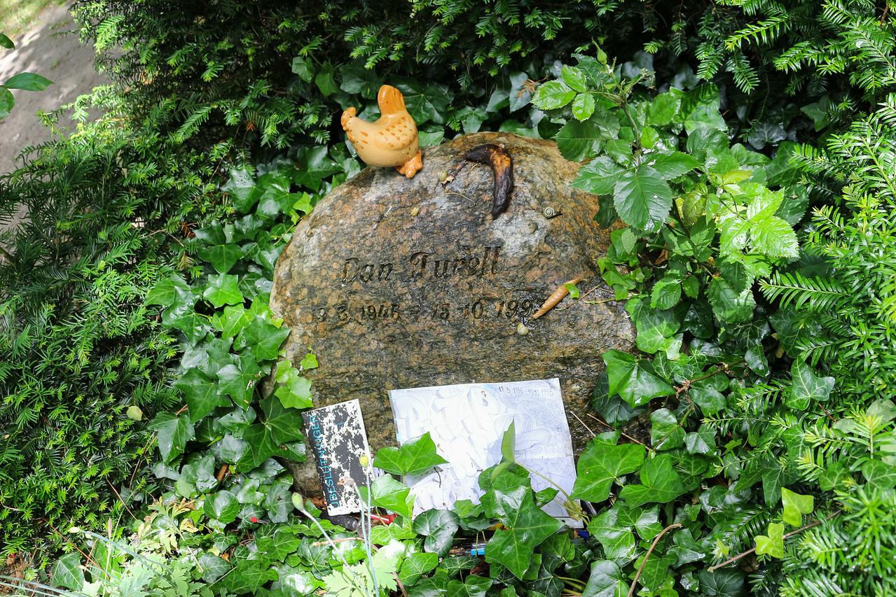Assistens Kirkegård,  Dan Turell