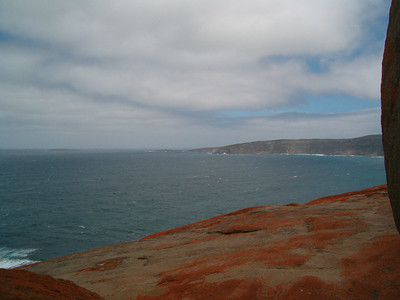 The red colour of Remarkable Rocks comes from a tiny living plant, called lichen in contrast to the renowned Ayers Rock which also has a red colour but that comes from the natural colour of the granite which forms this world famous icon of Australia