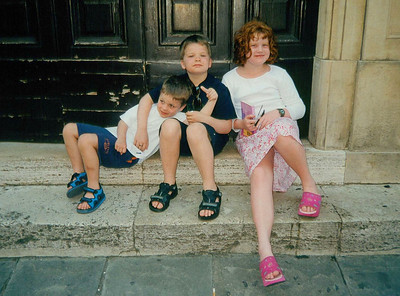 Kids on the step of the Theatre in Todi