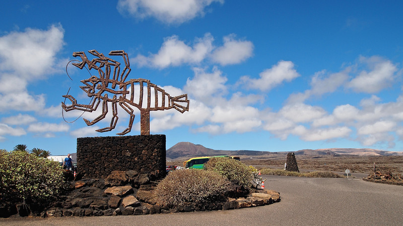 Like most of Lanzarote's tourist attractions, outside of Los Jameos del Agua is this sculpture.