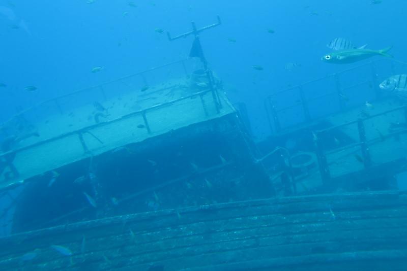 Submarine adventure & a ship wreck
