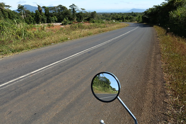 The roads are usually good but there are very few options in terms of public transport. The best way to visit the area is by renting a motorbike. As a foreigner, you don't need a licence.