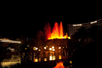 Mirage Volcano show