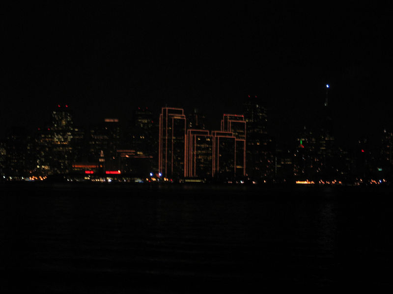 Thursday night after dropping off our friend Sandra in San Francisco we decided to stop by Treasure Island and take in the view of the city. The Embarcadero Center is all lit up for the Holidays.