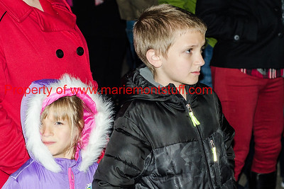Mariemont Tree Lighting 2017-12-2-28
