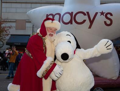 Macy's Washington DC Unveils Holiday Windows  (2015)