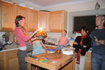 Nicole, Ela, Lili, Christine and Keven (Bacon)