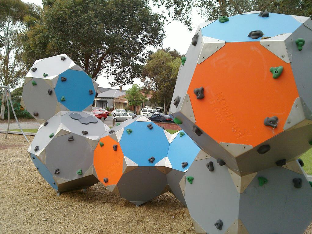 20111006_1058_002 climbing sculpture, a Brunswick playground