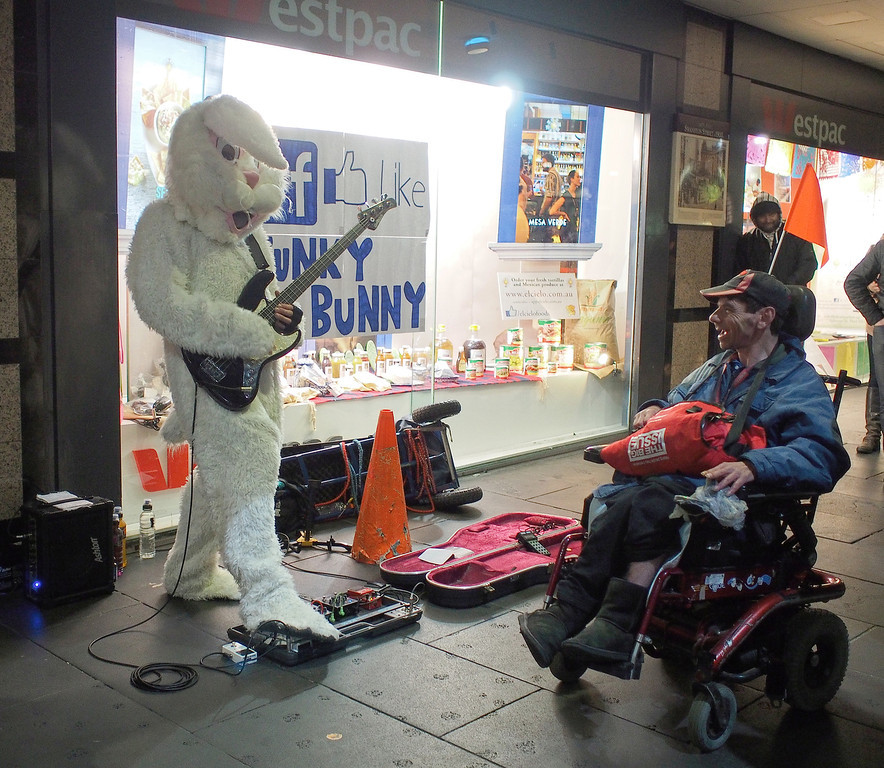 20130823_1847_0384 Funky Bunny + The Big Issue