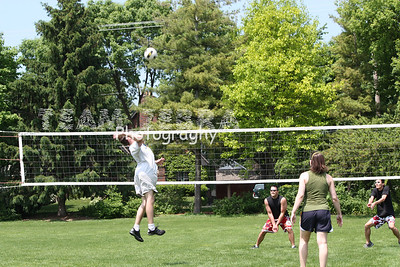 2009524 MEMORIAL DAY VOLLEYBALL PICNIC 020