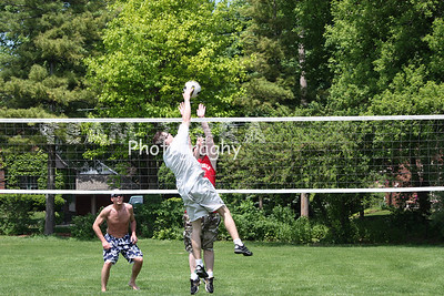 2009524 MEMORIAL DAY VOLLEYBALL PICNIC 015