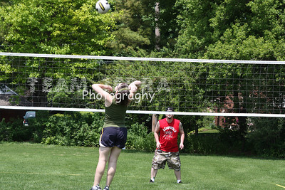2009524 MEMORIAL DAY VOLLEYBALL PICNIC 013