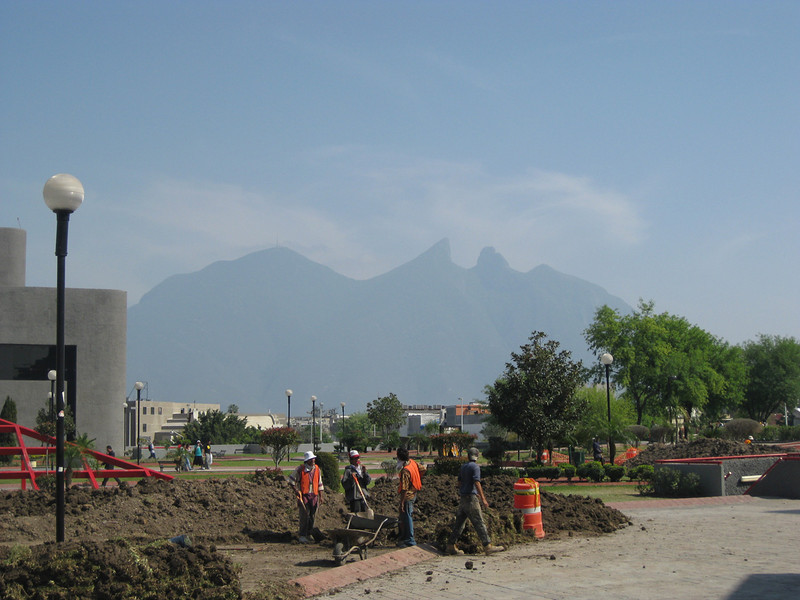 The central park in Monterrey with the mountains in view