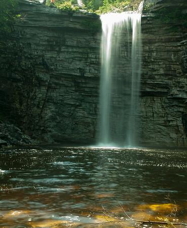Minnewaska State Park Awosting Falls & Walk over Hudson