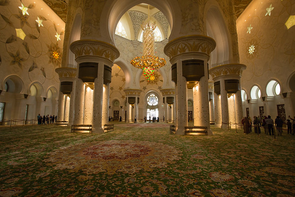 The mosque is open to non muslim people for visiting, including prayer hall.