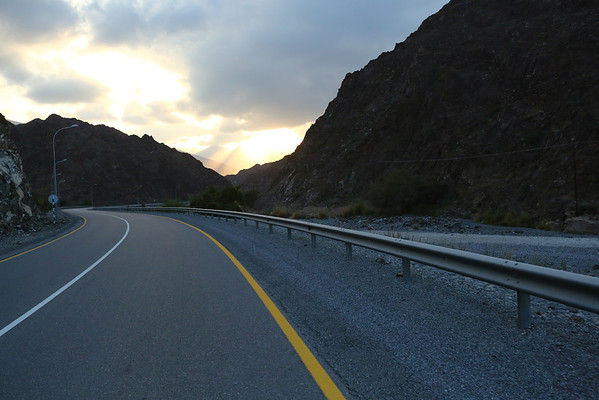 And go towards Wadi Bani Awf, one of the nicest roads that crosses the mountains.