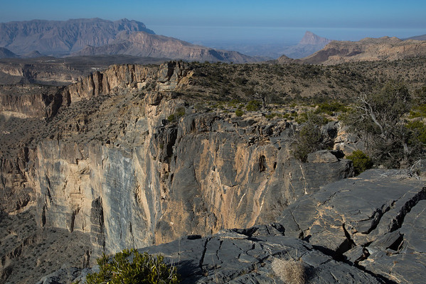 The Grand Canyon of Oman is second largest in the world after the one from US. It's 1.5 km deep and the sunlight gets to the bottom part only late in the day when it's already very strong.