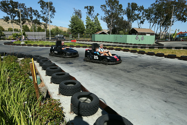 The track looked nice but the karts were very slow.