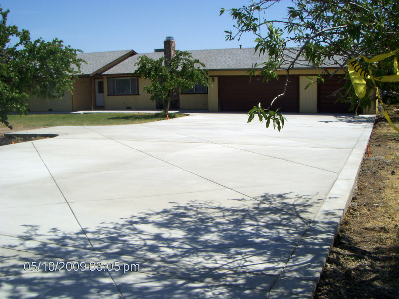 This is Bob's new drive way. What a great job, the workers did. It has a diagonal, diamond pattern on it.