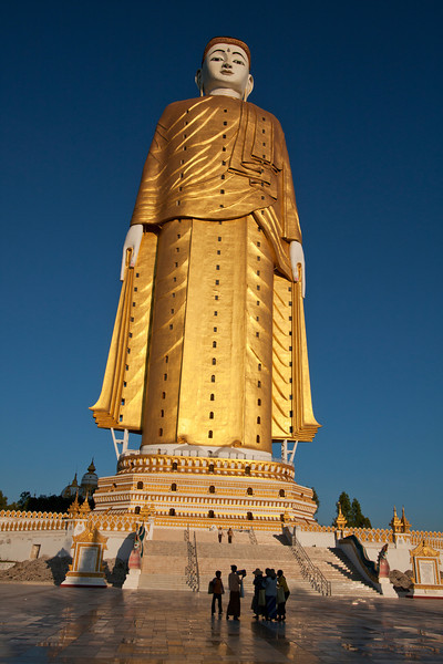 Standing Buddha, 116 meters tall. Beautiful and no other foreigner in the area. You can go inside a few levels, up to the bottom of the big statue. After that there is an elevator that will take you a little higher than the hands. When we arrived they were just closing it.