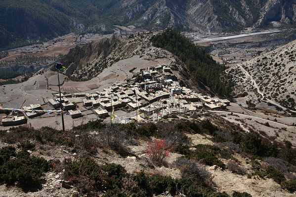 Ngawal, a village at 3660 meters good for altitude acclimatization.