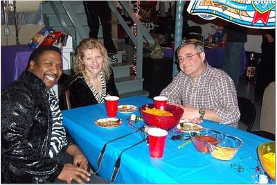 2006-12-31 NEW YEAR'S AT VAL & DAN'S 00045
