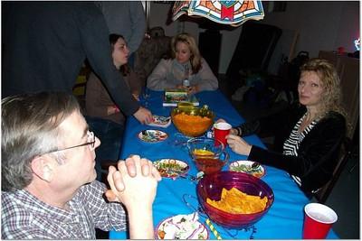2006-12-31 NEW YEAR'S AT VAL & DAN'S 00029
