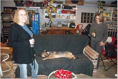 2006-12-31 NEW YEAR'S AT VAL & DAN'S 00049