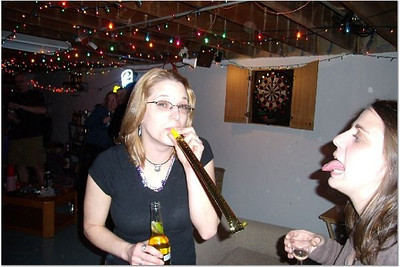 2006-12-31 NEW YEAR'S AT VAL & DAN'S 00061