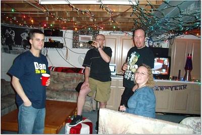 2006-12-31 NEW YEAR'S AT VAL & DAN'S 00050