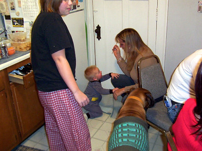 Nicole, Wyatt, Mary and Justice in the kitchen on new years