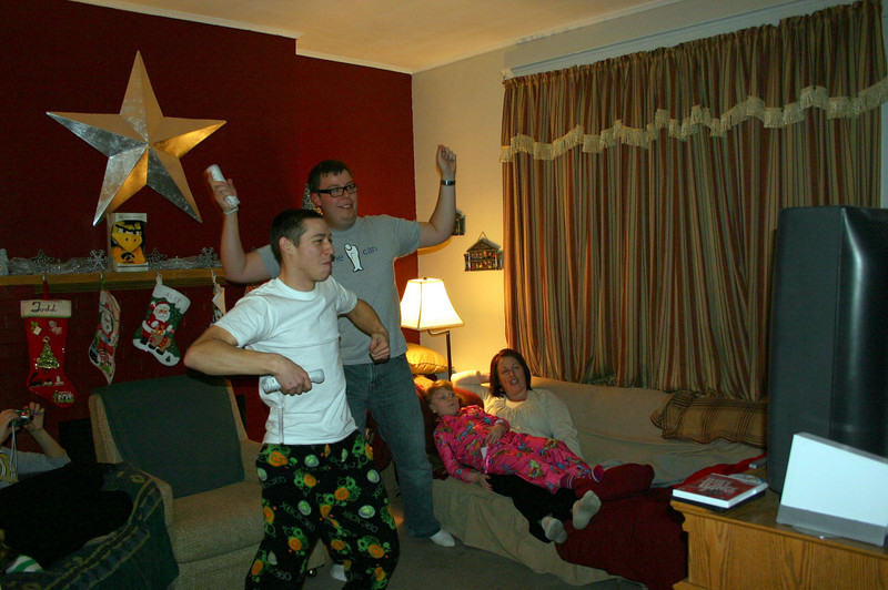 Dancing on New Years Eve ( 2009 )
