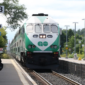 Toronto bound train entering Port Credit