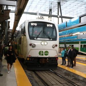 Westbound Lakeshore GO train entering Toronto Union