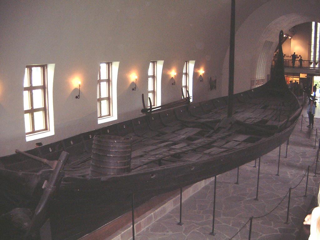 006 Viking Boat