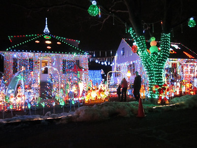 arthur st danvers ma - Over The Top Christmas Decorations